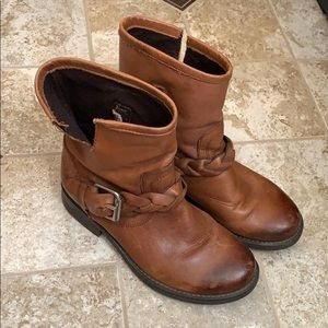 Steve Madden Leather Boots Size 5.5